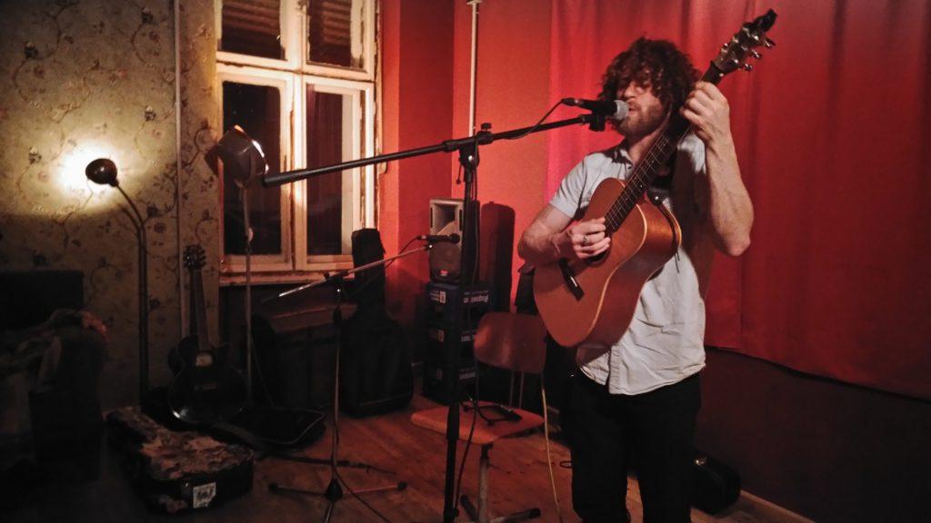 Bryan Grayson live at Oblomov Open Mic Session #30